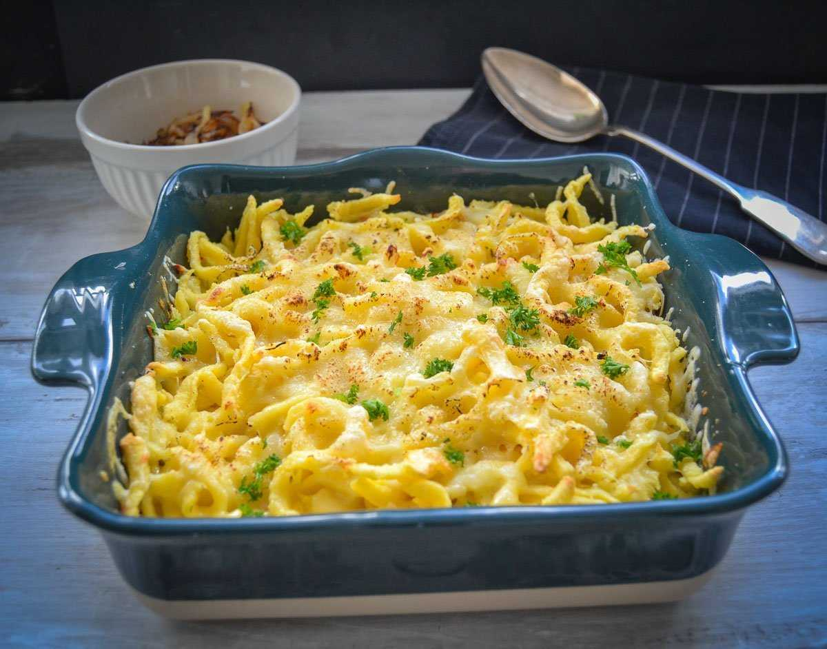 Allgäuer Käsespätzle mit Röstzwiebeln