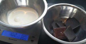 Schokolade und Sahne