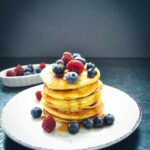 Pancakes Rezept mit Blaubeeren Bananen Pancakes