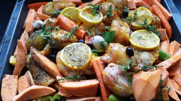 Süßkartoffel ,Zitrone, Möhre Kräuter und Oliven