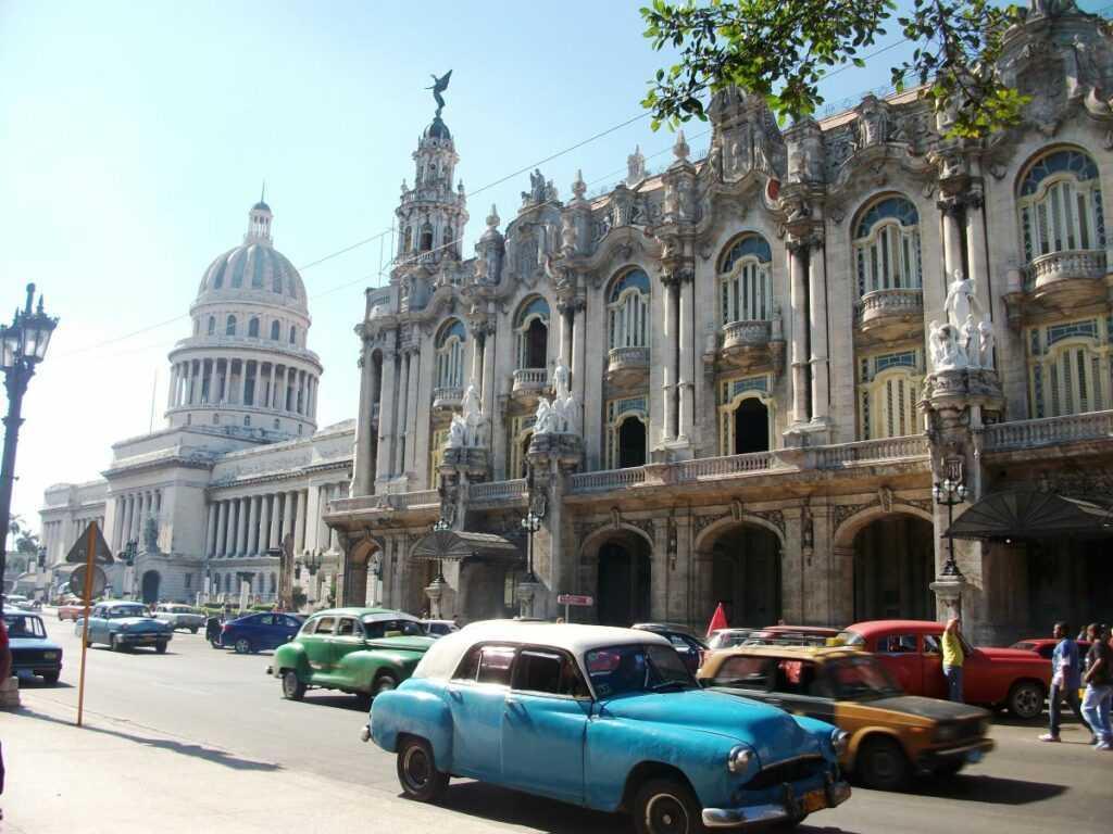 Kuba Havana am Parlament