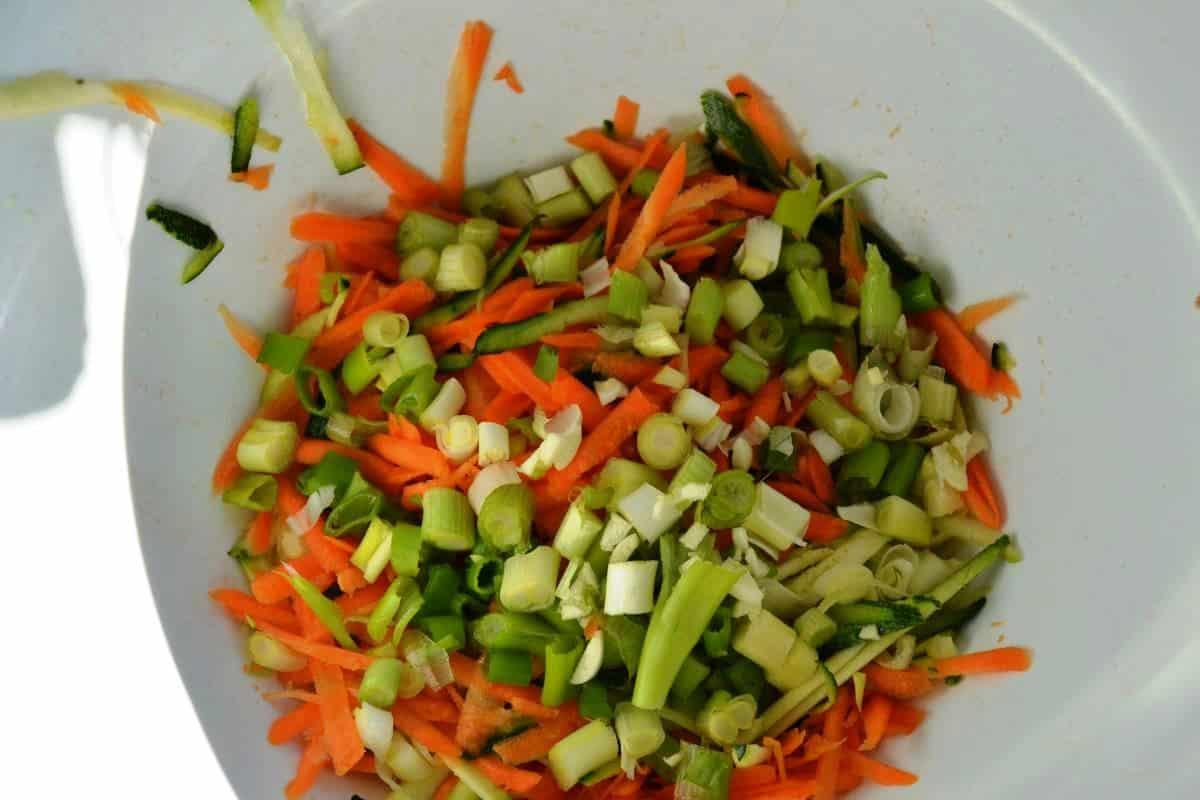 Möhren , Zucchini , Lauchzwiebel