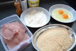 Schnitzel , Mehl , Ei , Semmelbrösel