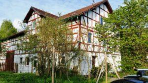 Puckels Pension - alte Mühle mit Fachwerkhof