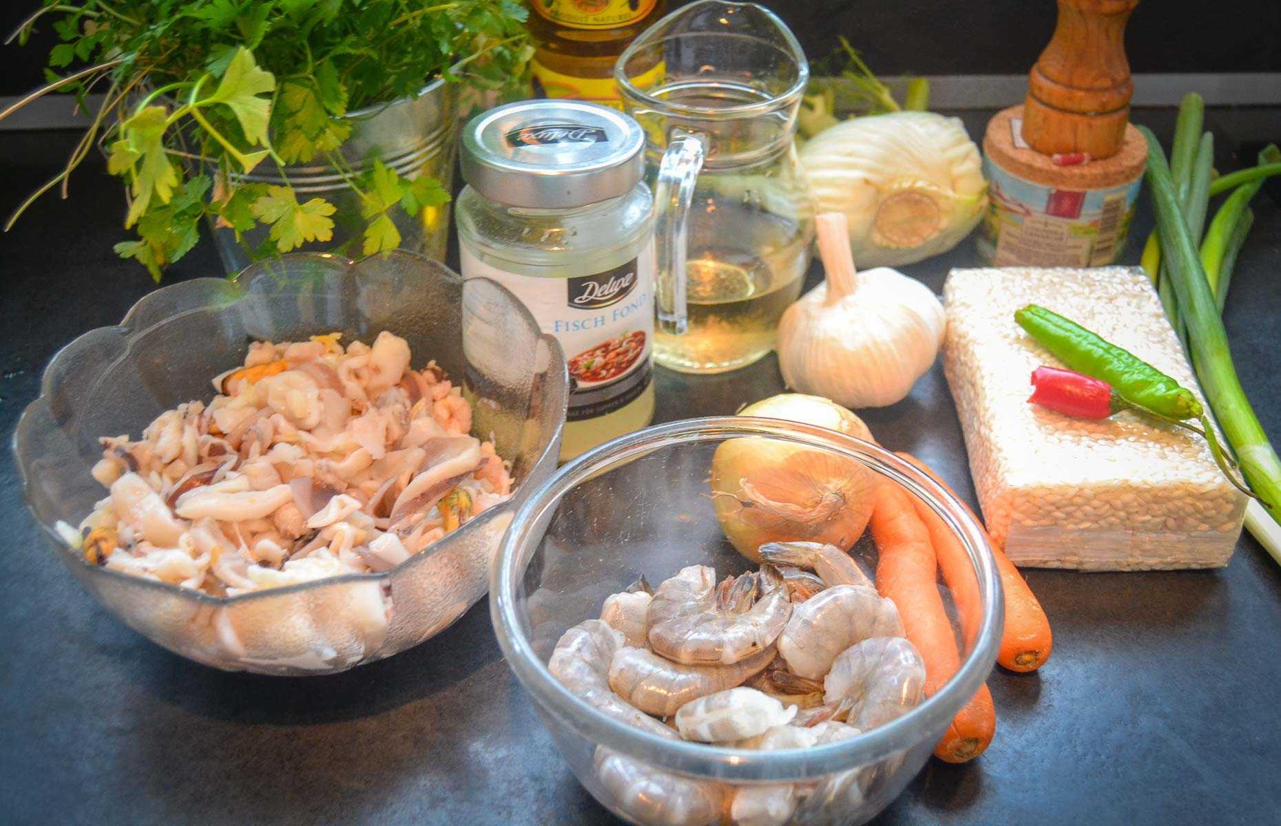 Zutaten für Risotto frutti di mare mit Garnelen