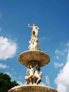 Orionbrunnen in Messina
