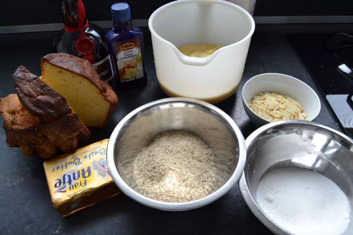 Brioche , Butter , Mandeln , Zucker , Orangenblütenwasser , Grand Marnier , Vanillecreme