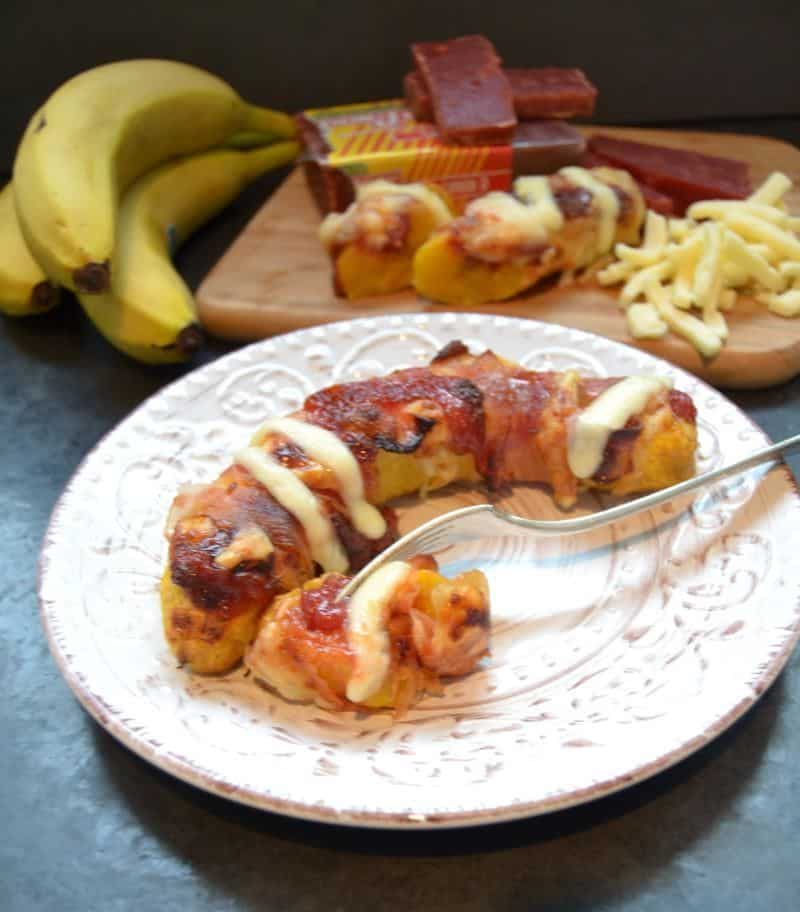 gebackene Kochbanane  mit Guavenpaste und Käse   Platano con queso