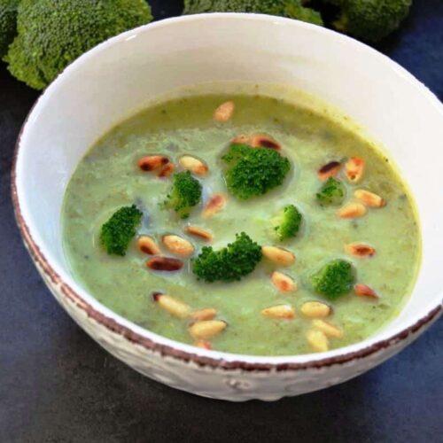 brokkolisuppe-mit-basilikum-kochen-aus-liebe