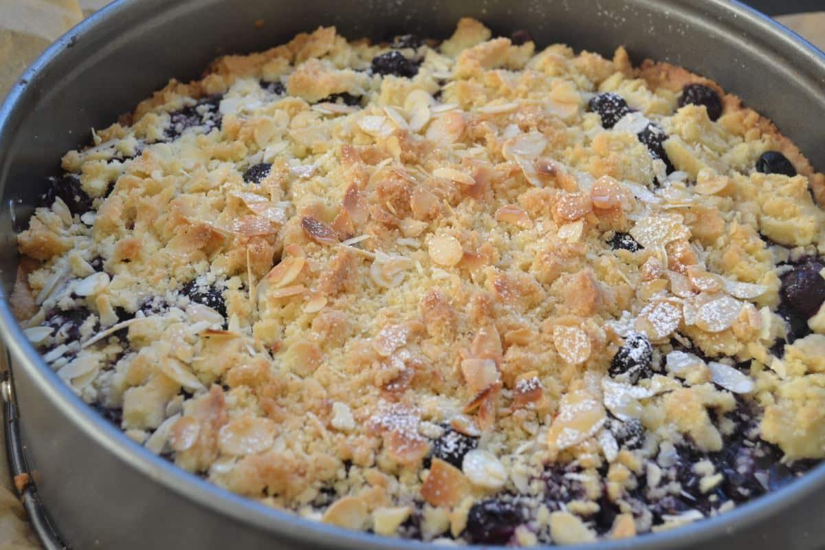 Blaubeer Streuselkuchen mit Pudding