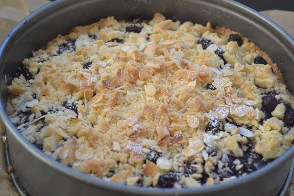 Streuselkuchen mit Blaubeeren