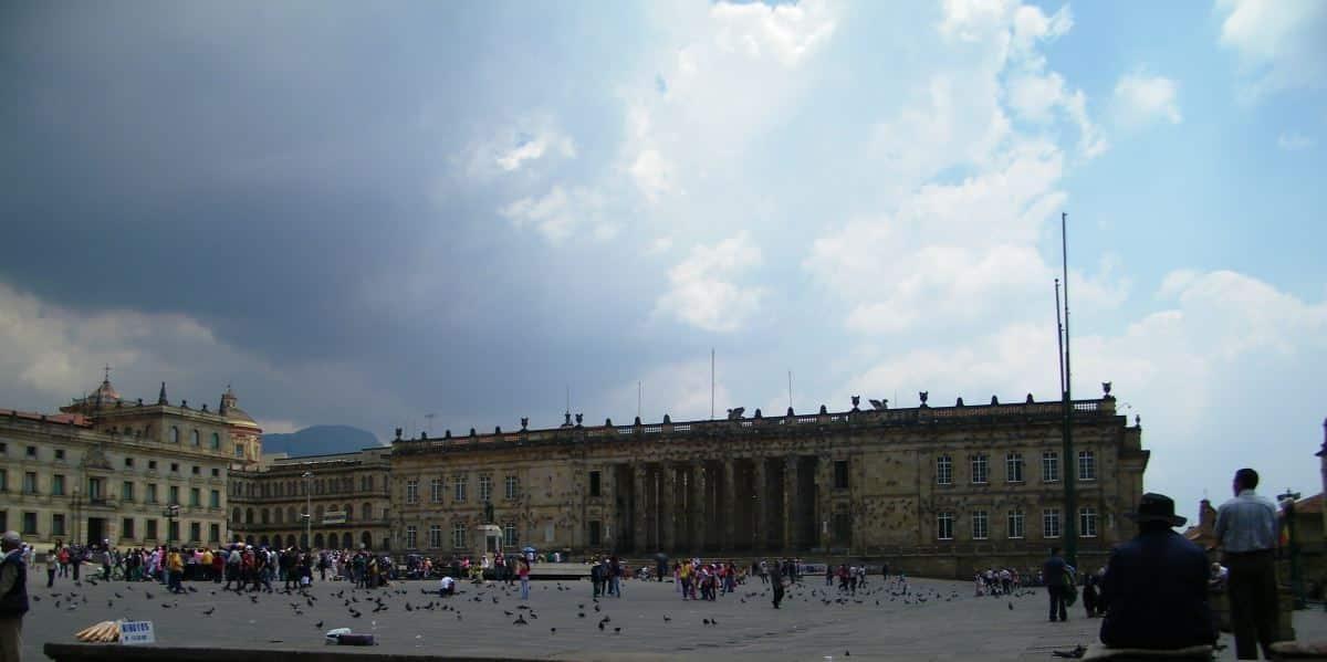 Plaza de Bolívar - Capitolio Nacional Platz Bolivar National Congress