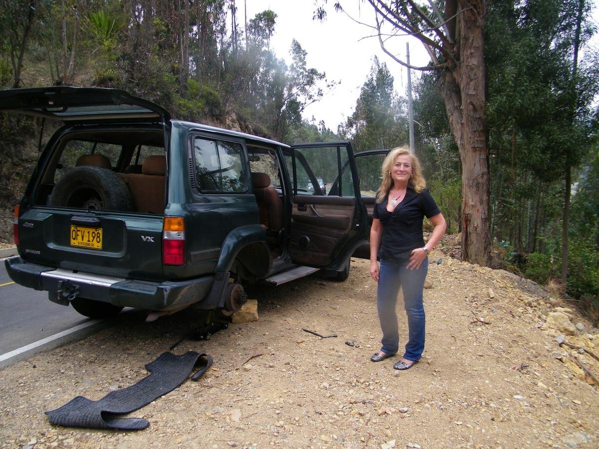 Kolumbien Reisebericht Villa de Leyva Colombia Reifenpanne in den Bergen von Kolumbien