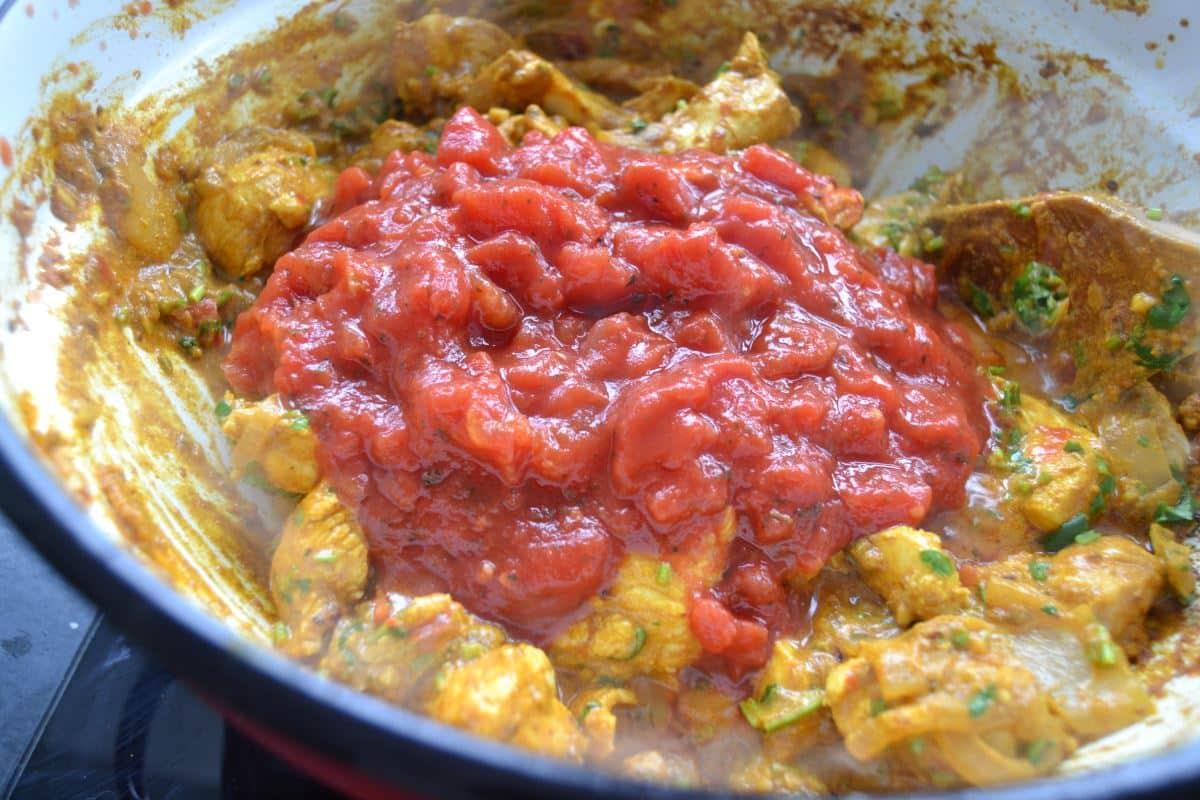 Chicken Tikka Masala Huhn auf indische Art - Kochen aus Liebe