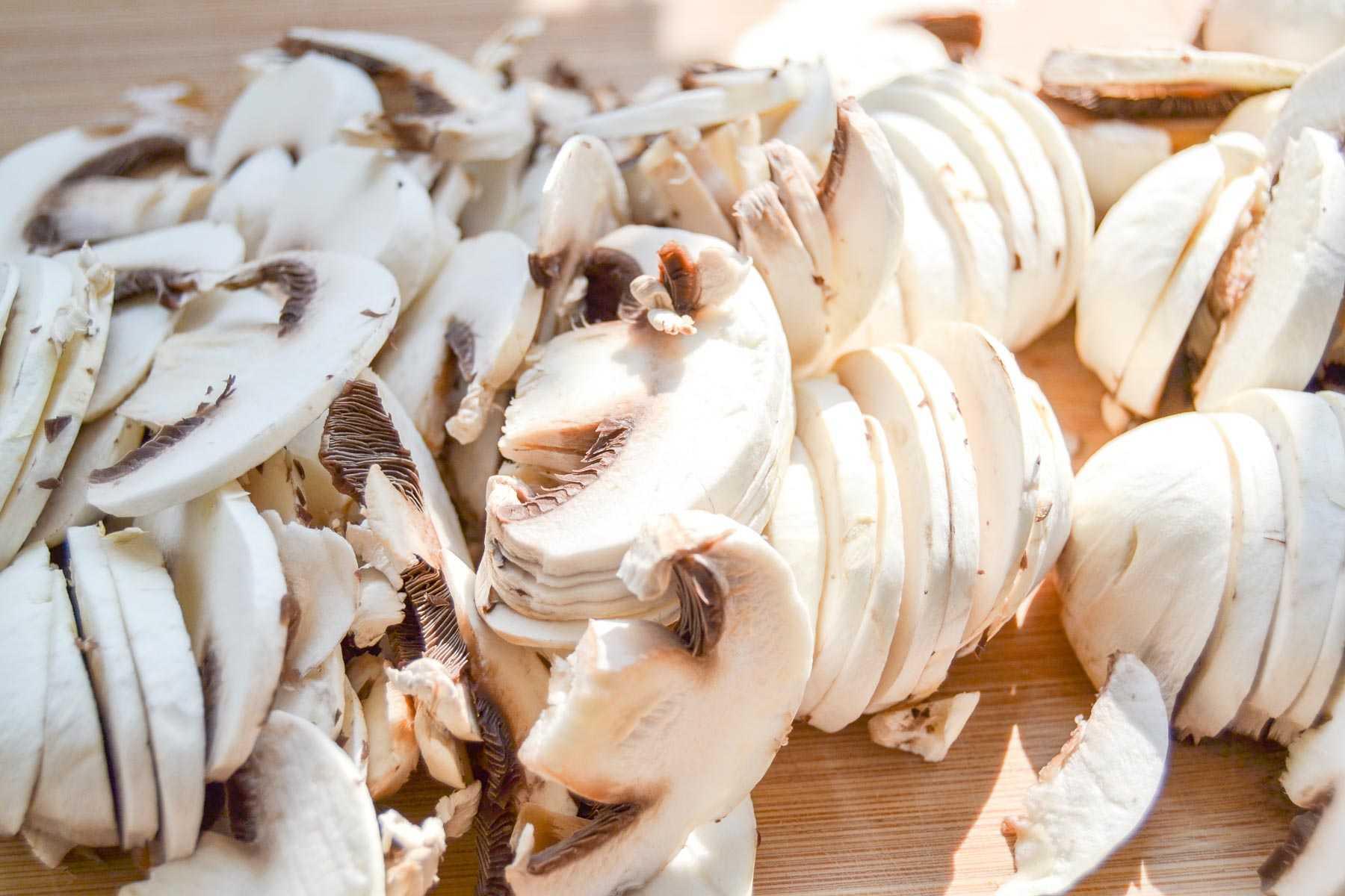 In Scheiben geschnittene Champignons