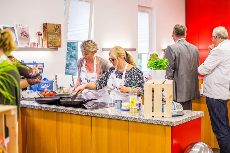 gemeinsames kochen auf dem Bloggerday Food professionals