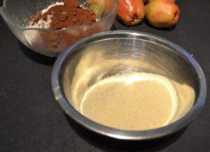 gemahlene Mandeln für Schokoladen-Birnenkuchen