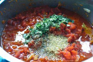 Bolognese Sauce Grundrezept mit Oregano