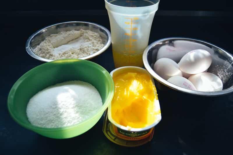 Zucker, Mehl, Eier, Butter Fanta