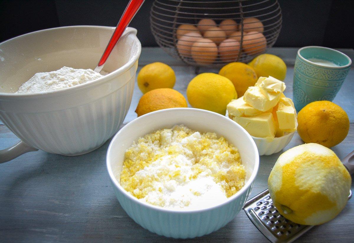 Zutaten für Rührkuchen Zitronen, Eier, Butter, Mehl