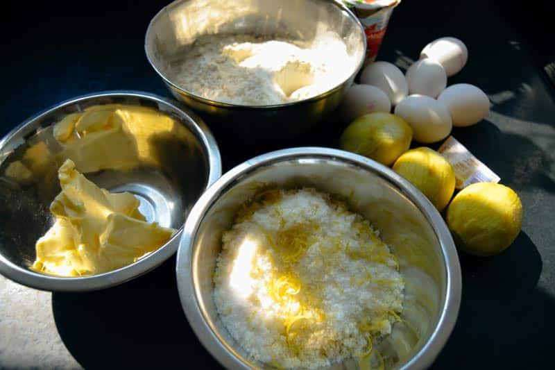 Zitronenzucker, Eier, Mehl, Butter, Sahne