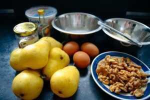 Zutaten Birnen Walnüsse, Eier, Zucker Mehl