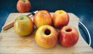 entkernte Äpfel