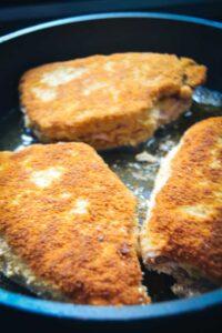 richtig Cordon Blue braten in Butterschmalz