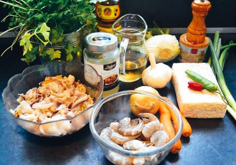 Garnelen, Reis, Wein, Möhre Chili, Fond und Fenchel