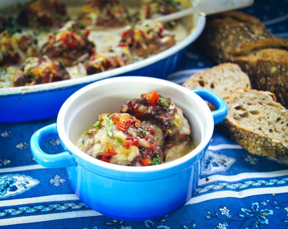 Gefüllte Champignons mit Hackfleisch und Käse