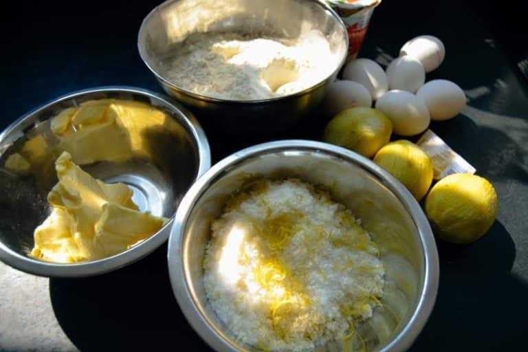 Butter, Mehl, Zitronen, Zucker Zutaten Zitronenkuchen
