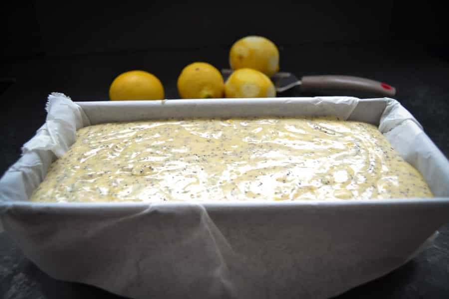 Zitronenkuchen mit Mohn backen