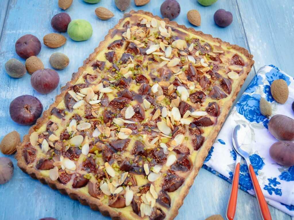 Feigenkuchen mit Mandeln Gateau aux figues
