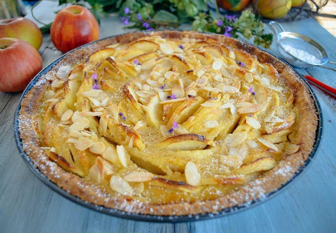 Französische Apfeltarte Rezept mit Calvados