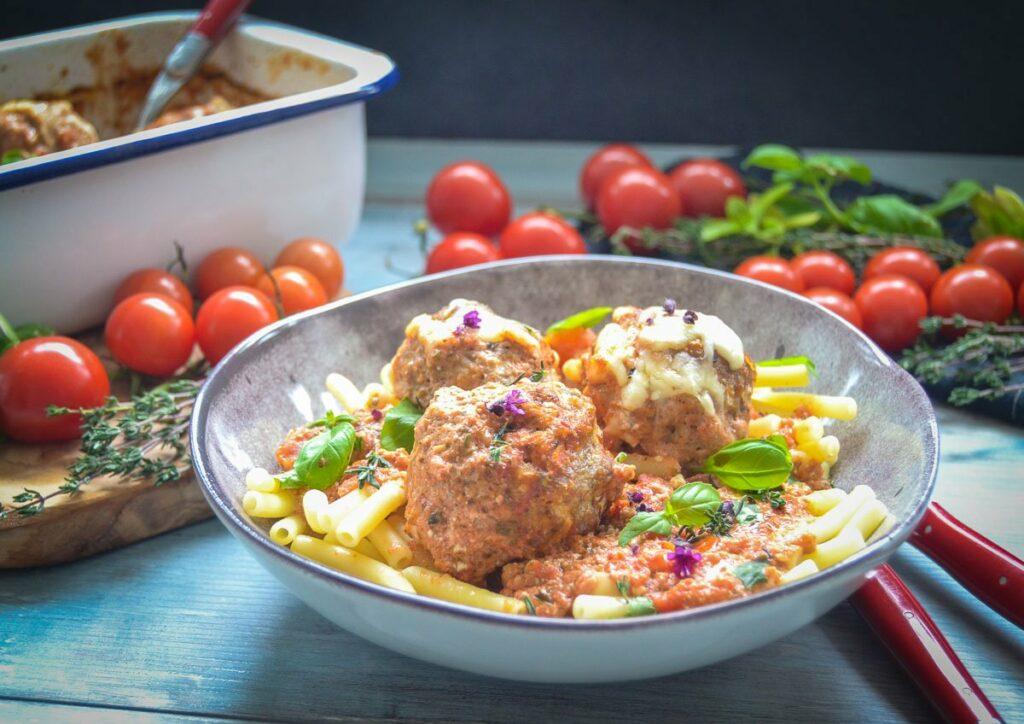 Fleischbällchen Rezept mit Tomatensauce