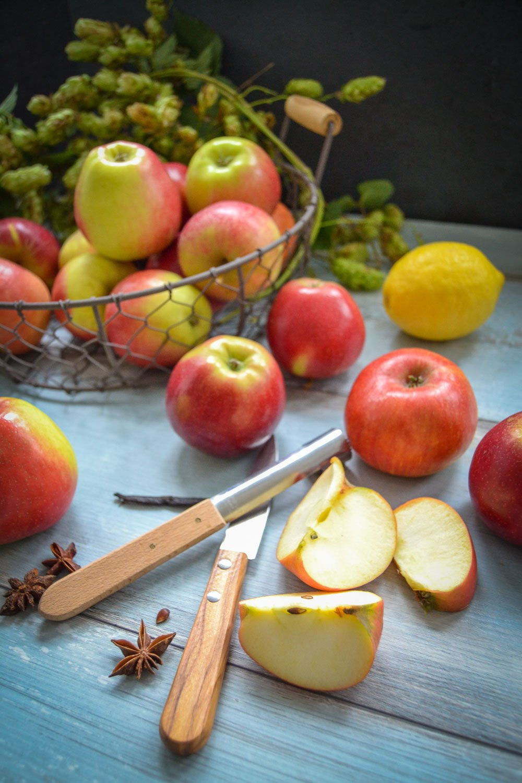 Zutaten Äpfel, Zitrone, Zimt Sternanis