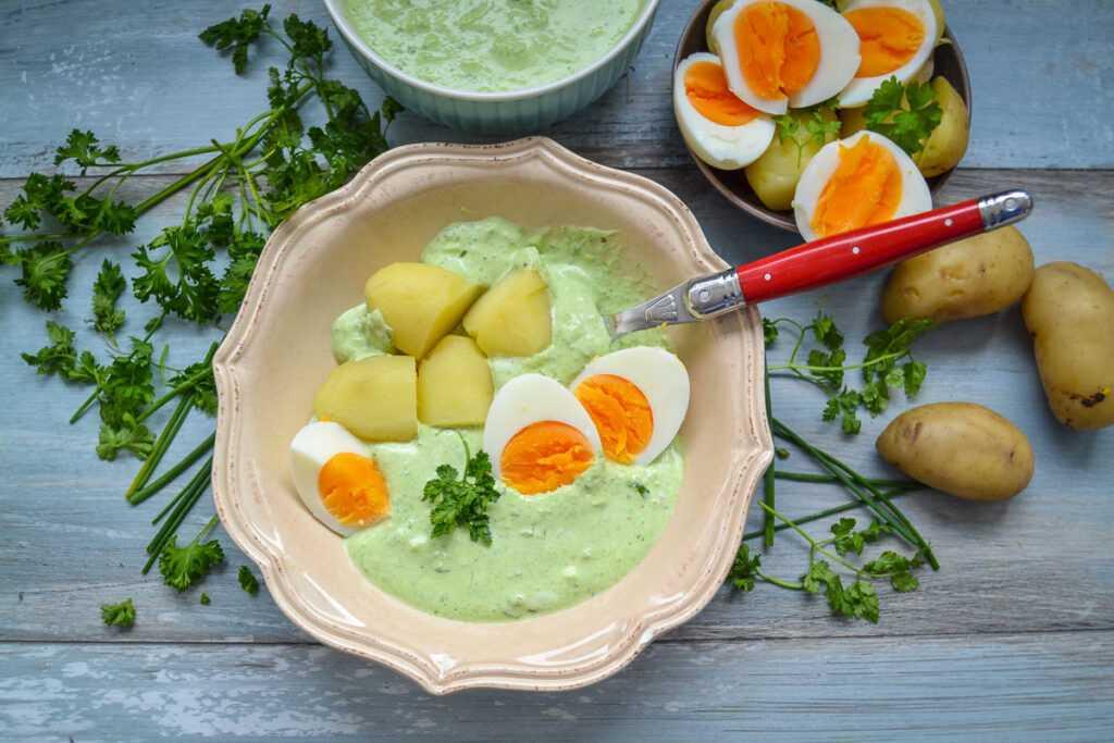 Frankfurter grüne Sauce Rezept mit Ei und Kartoffeln