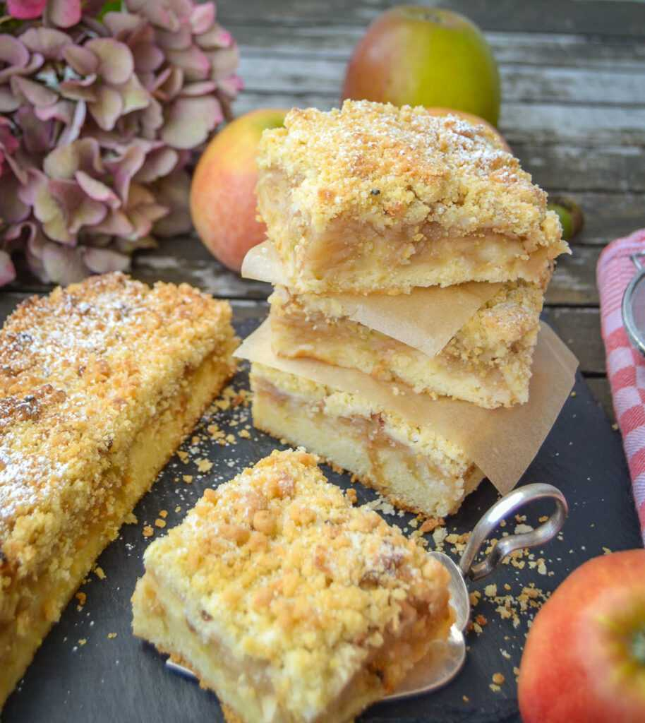 Omas Apfel Streuselkuchen