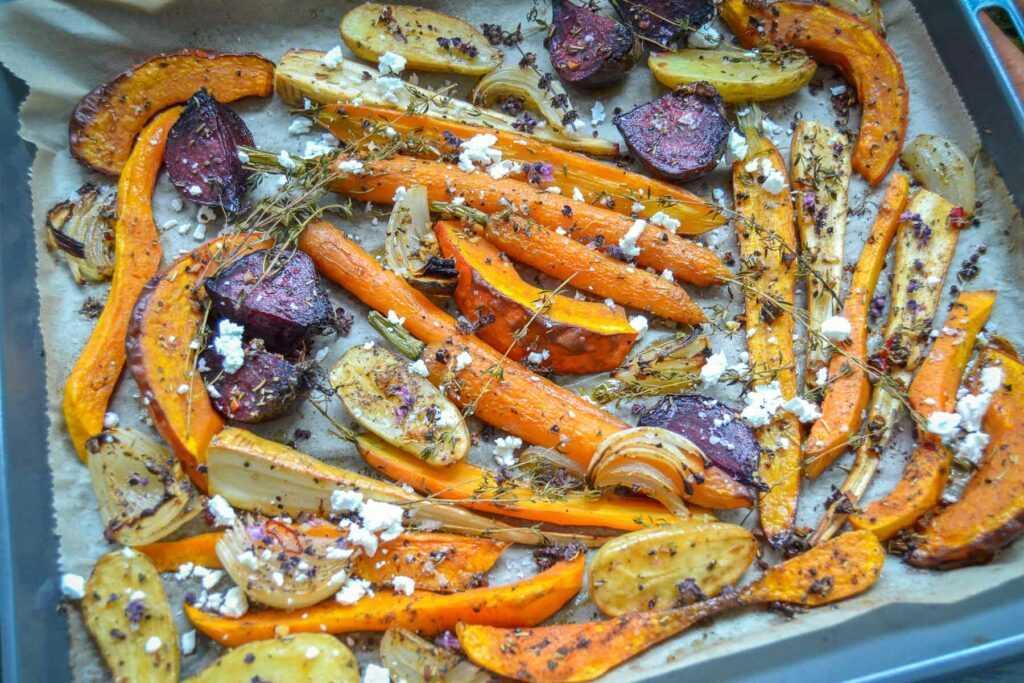 Herbstliches Gemüse aus dem Ofen vom Blech